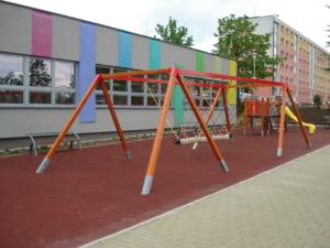 Dětské hřiště u základní školy ve Svitavách, 2016