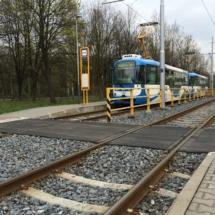 Tramvajový a železniční přechod